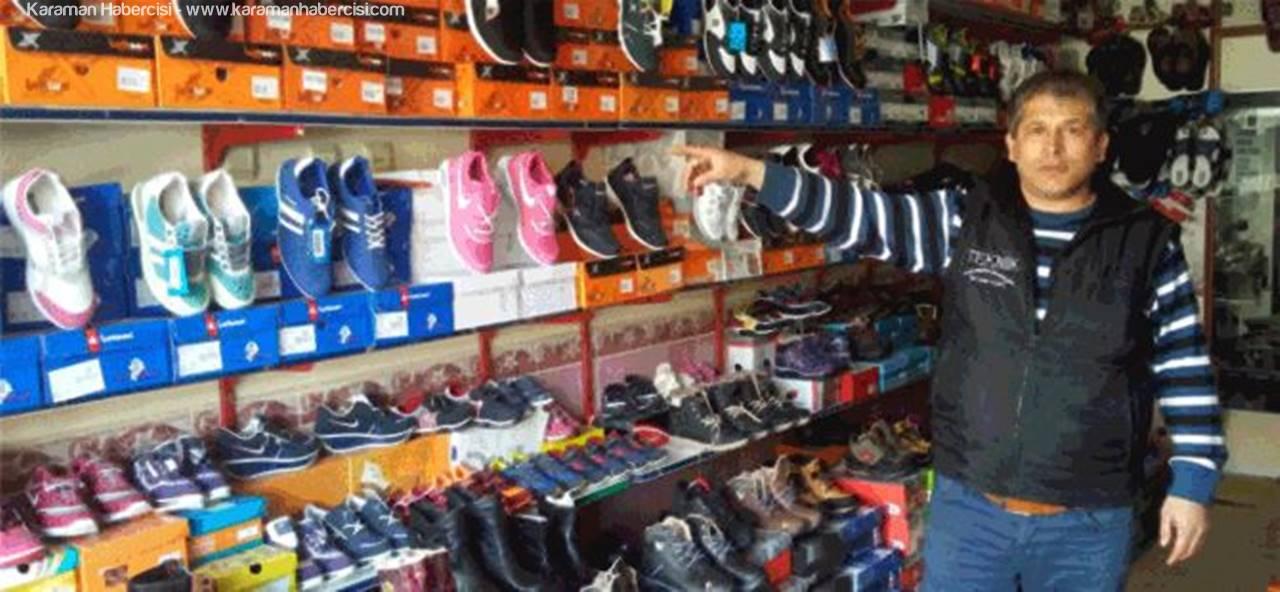 Karaman'da Bir Hırsız Girdiği Mağazada Para Bulamayınca Ayakkabıları Çaldı
