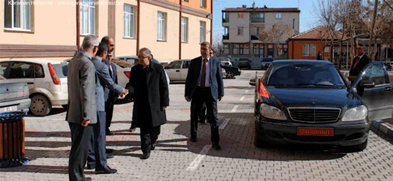 Vali Tapsız, Kredi Yurtlar Kurumu İl Müdürlüğünü Ziyaret Etti