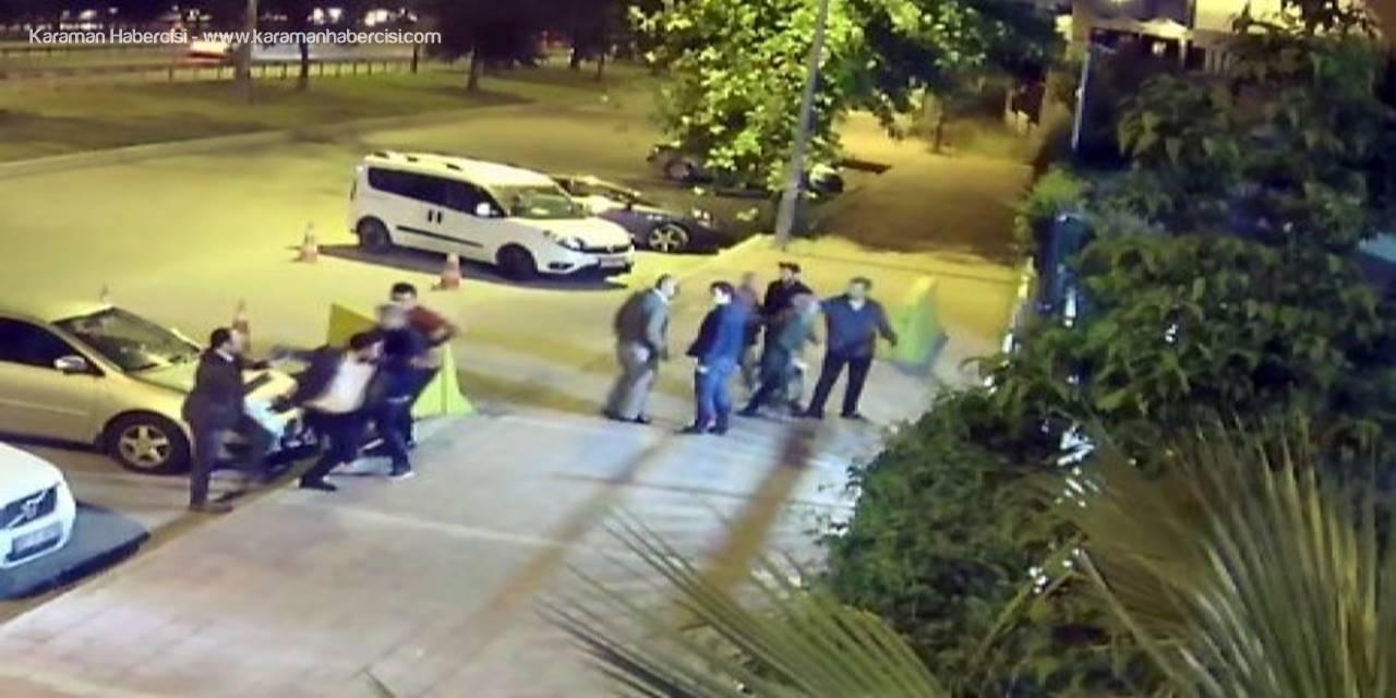 Antalya'da Eski Eşine Çocuğunun Gözü Önünde Tekmeyle Saldırdı
