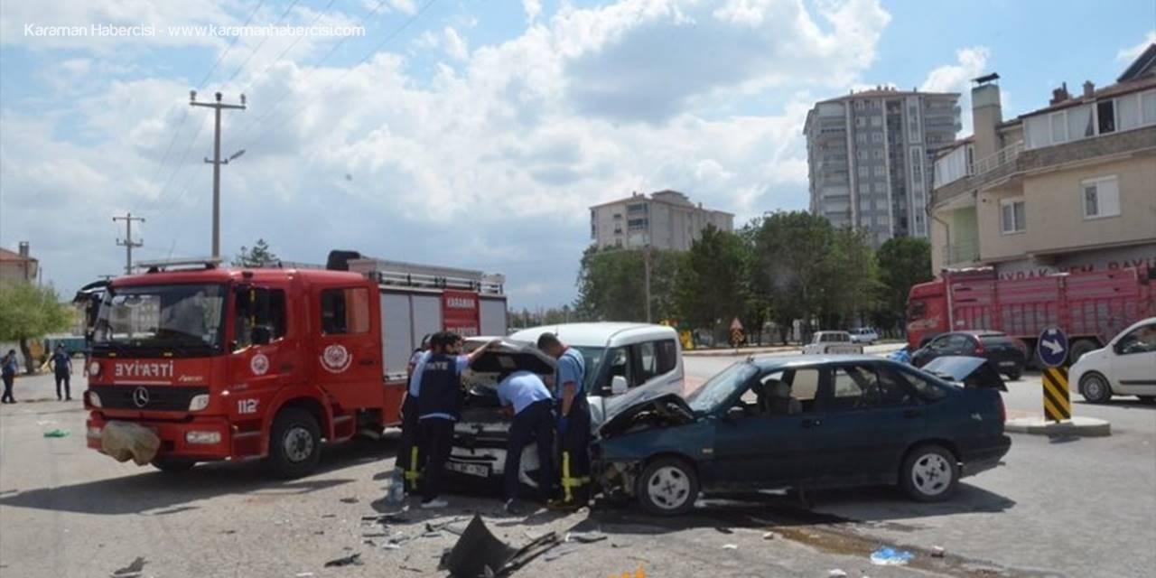 Karaman'da Larende Alt Geçit Çıkışında Kaza : 6 Yaralı