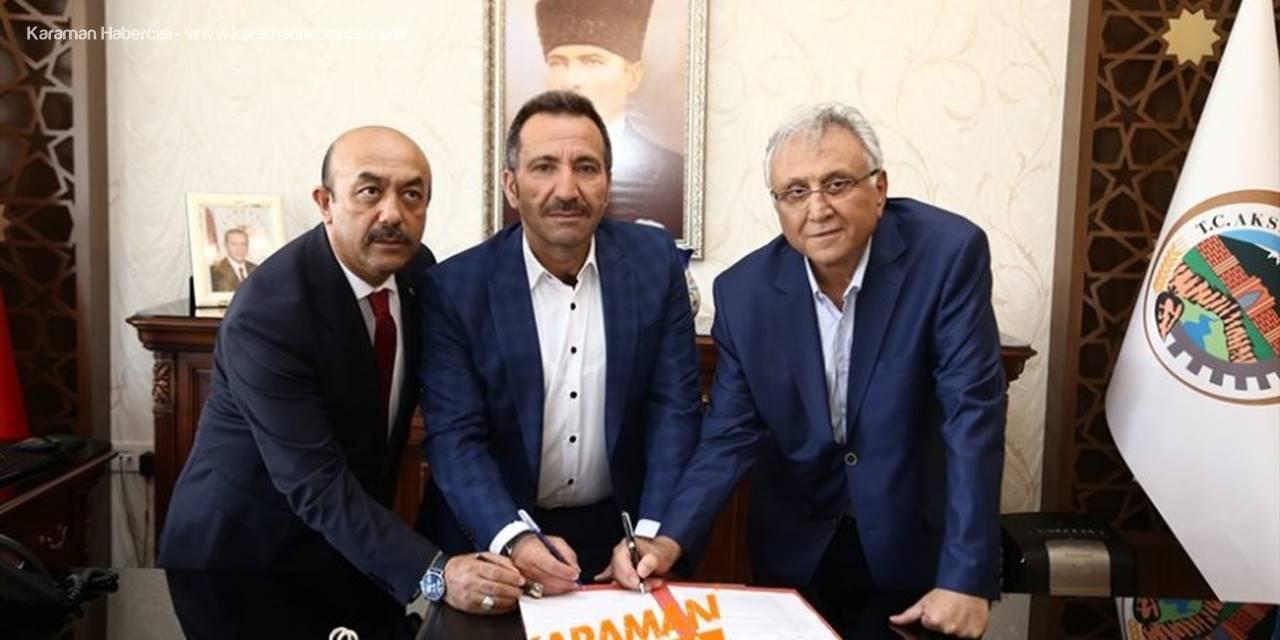 Ahmet Yaşar Eşmekaya'dan Memleketine Okul