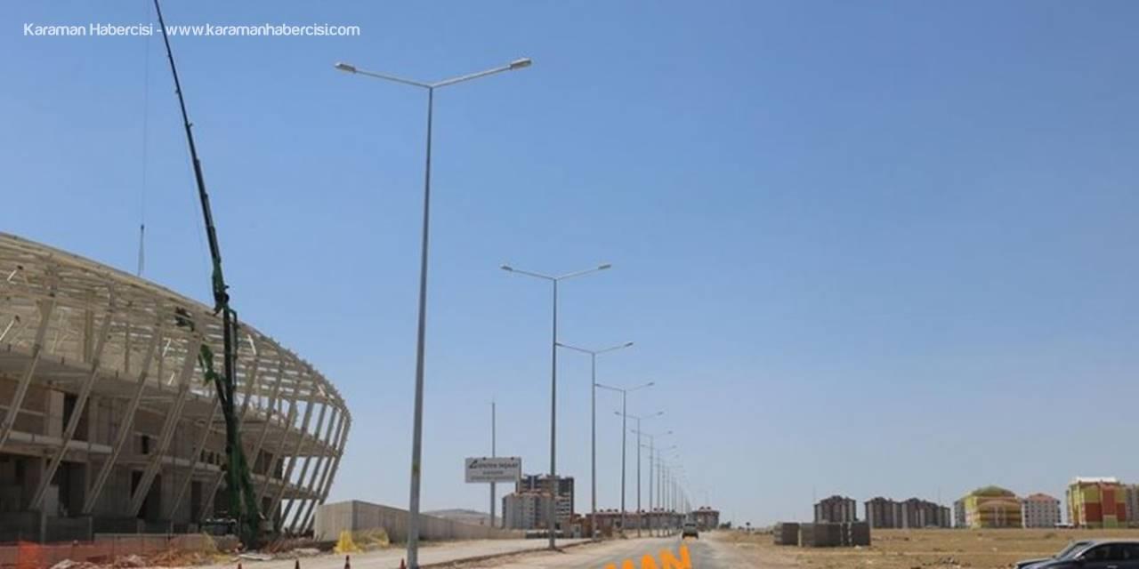 Şehit Muhammed Yalçın Caddesi Ve Kızılay Caddesi Aydınlatılıyor