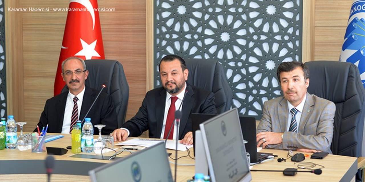 Rektörler Karaman'da Tematik Üniversite Konusunu Ele Aldılar