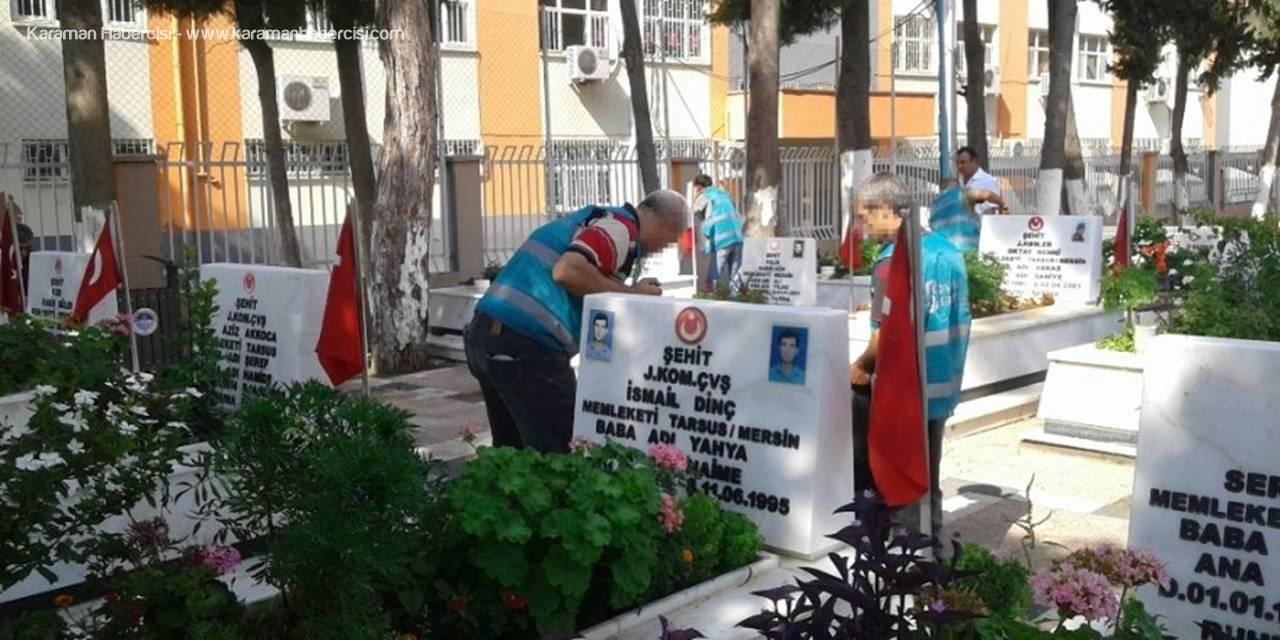 Tarsus'da Yükümlüler Şehir Temizliğinde