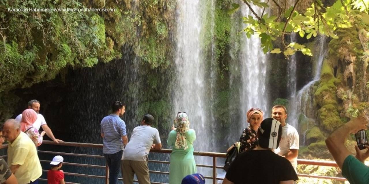 Doğa Harikası Şelale Ziyaretçi Akınına Uğruyor