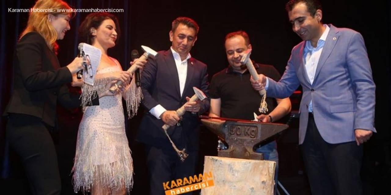 Karaman'da  Uluslararası Türk Dünyası Şöleni Final Gecesini Yaptı