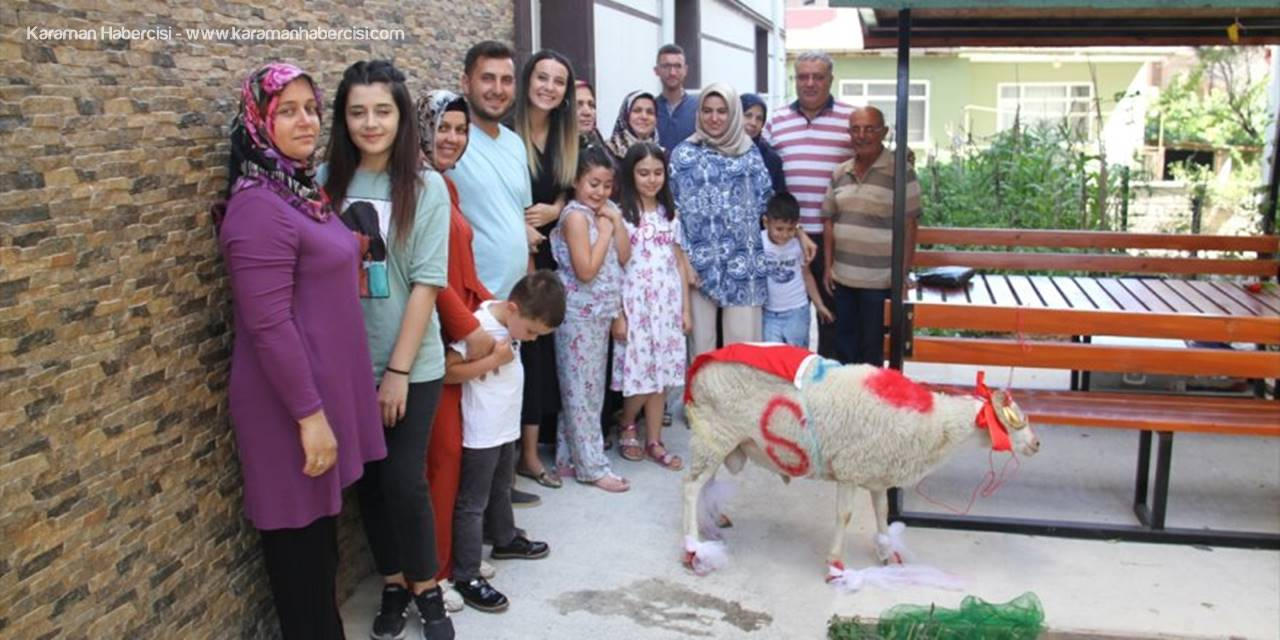 Konya'da Gelin Adayına Süslü Koç Geleneği Bozulmadı