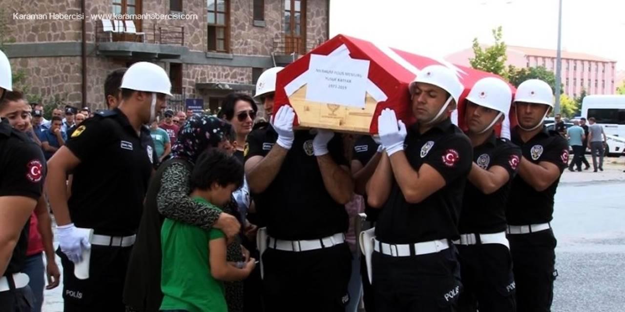 Kayserili Polis Geride Üçüzlerini Bıraktı