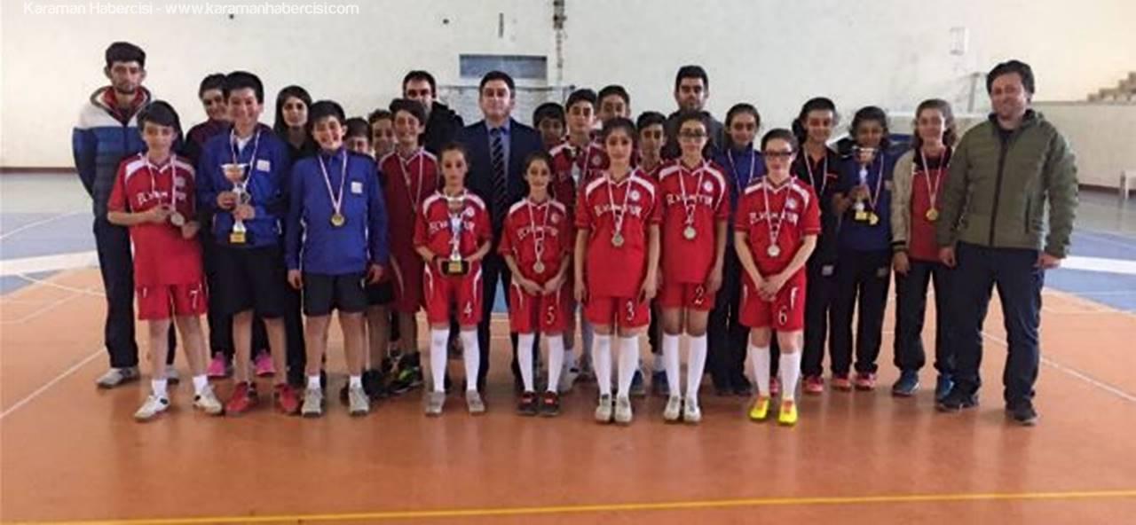 Badminton İl Birinciliği Müsabakaları Sona Erdi