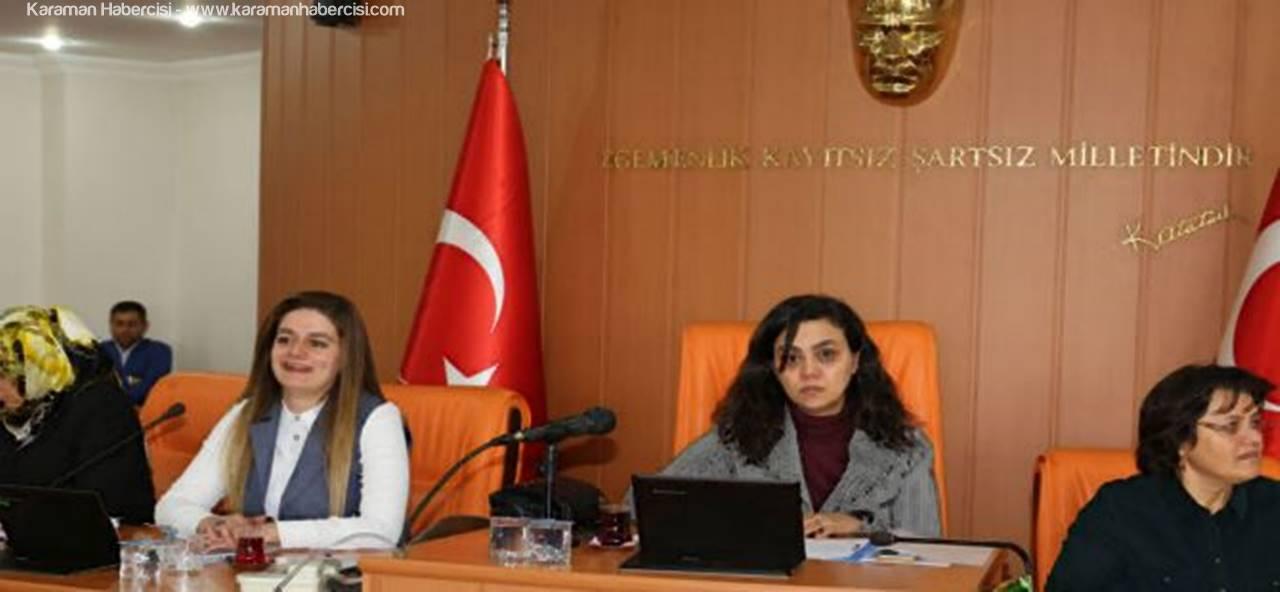 Belediye ve Meclisi Kadınlar Yönetti