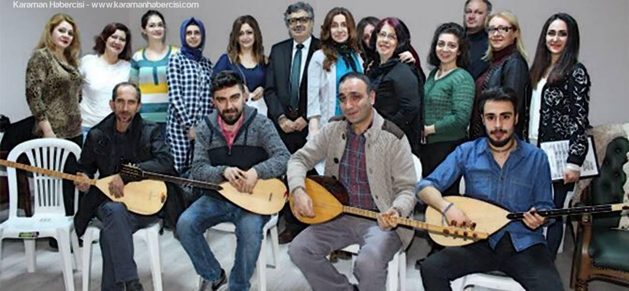 Türk Halk Müzığı Korosu Çalışmalarına Devam Ediyor
