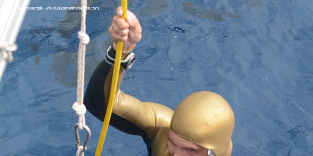 Kaş'ta Serbest Dalış Ve Paletli Yüzme Şenliği