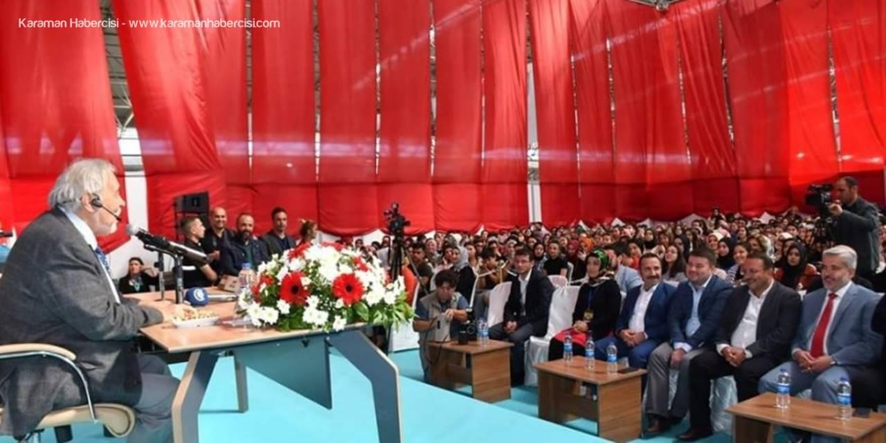 Tarihçi Yazar İlber Ortaylı'ya Aksaray'da Pür Dikkat Dinlendi