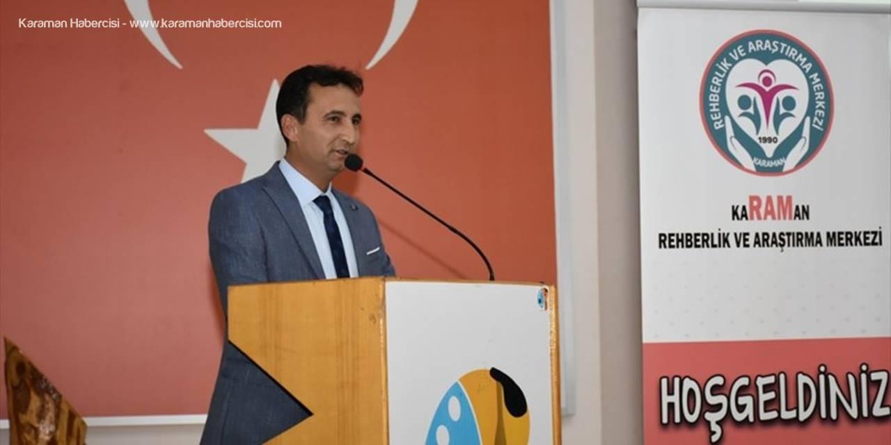 Karaman'da Öğremenlere Disleksi Anlatıldı