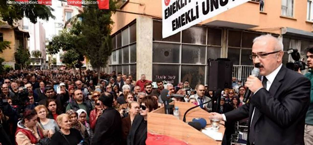 Lütfi Elvan'dan Mersin'de Emeklilere TOKİ Sözü