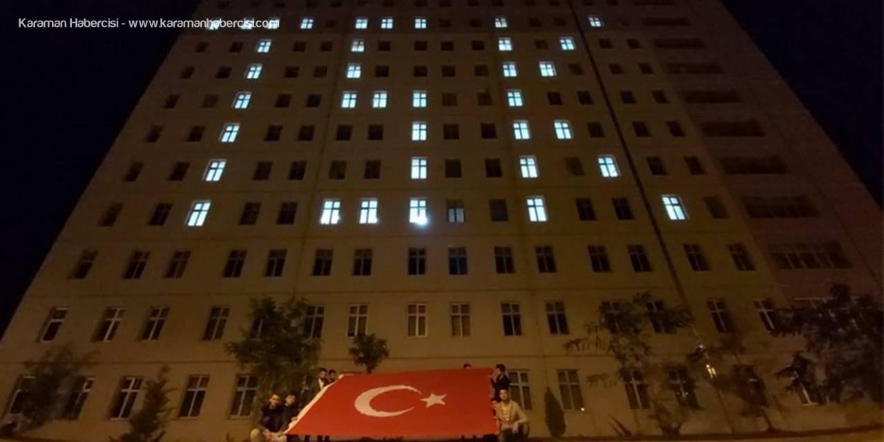 Karaman'da Yurt Işıkları Bu Sefer Mehmetçik İçin Yandı
