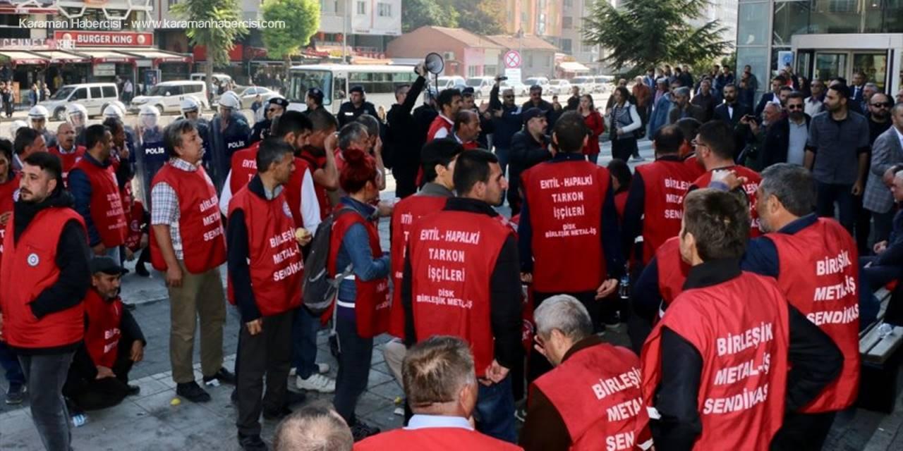 Eskişehir'de İzinsiz Gösteriye Polis Müdahalesi