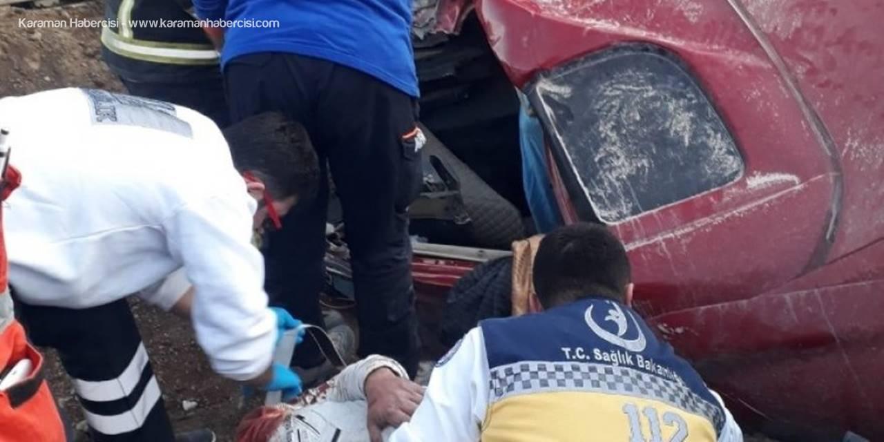 Devrilen Kamyonda Sıkışan Sürücüyü Afad Ve İtfaiye Kurtardı