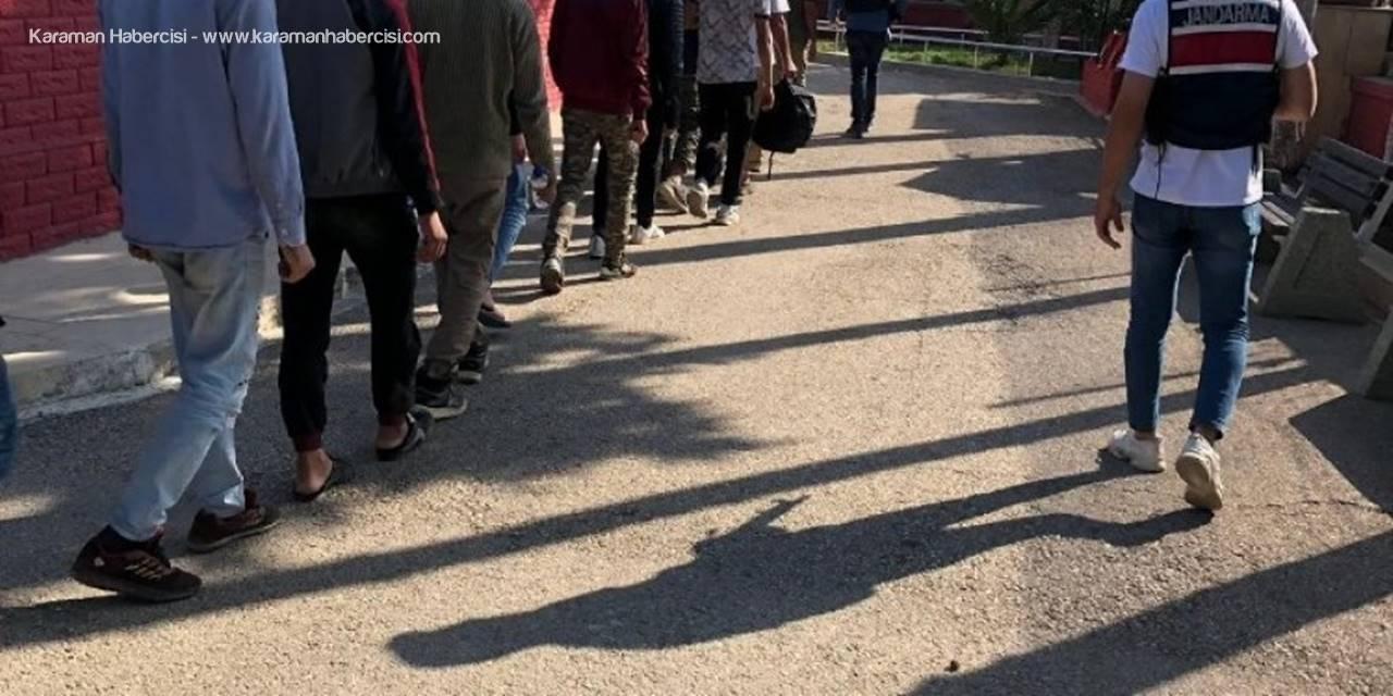 Mersin'de 74 Kaçak Göçmen Yakalandı