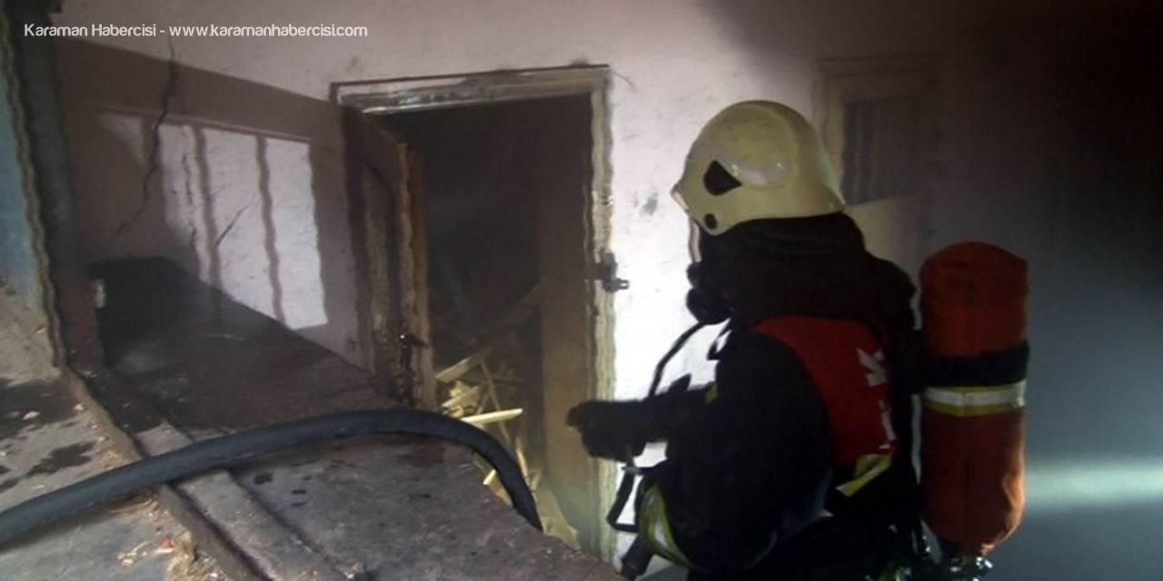 Kayseri'de Kömürlük Yangını