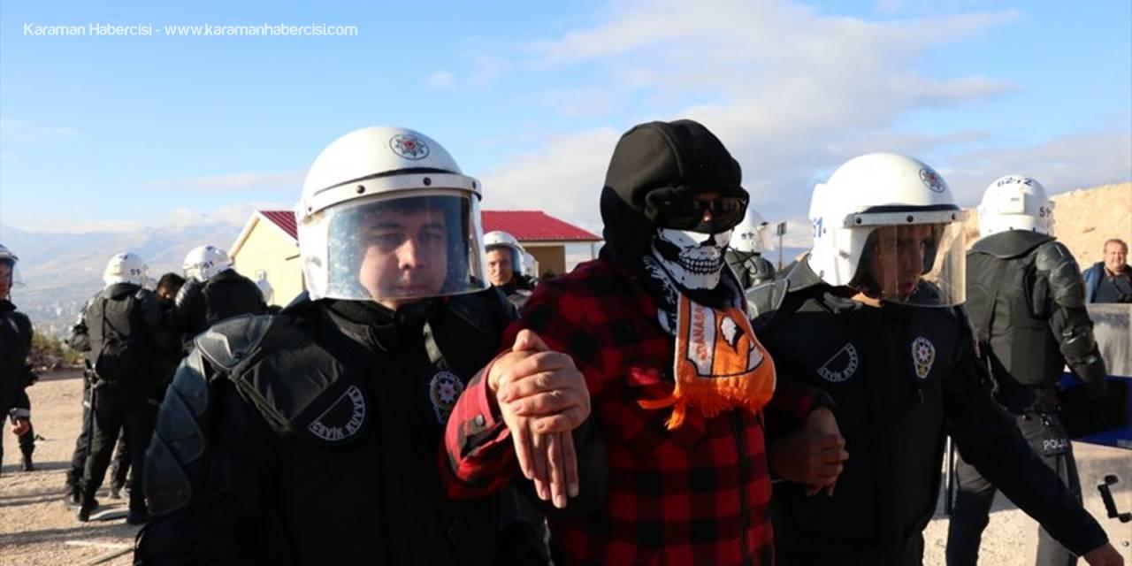Niğde'de Çevik Kuvvet Toplumsal Olaylara Müdahale Tatbikatı Yaptı
