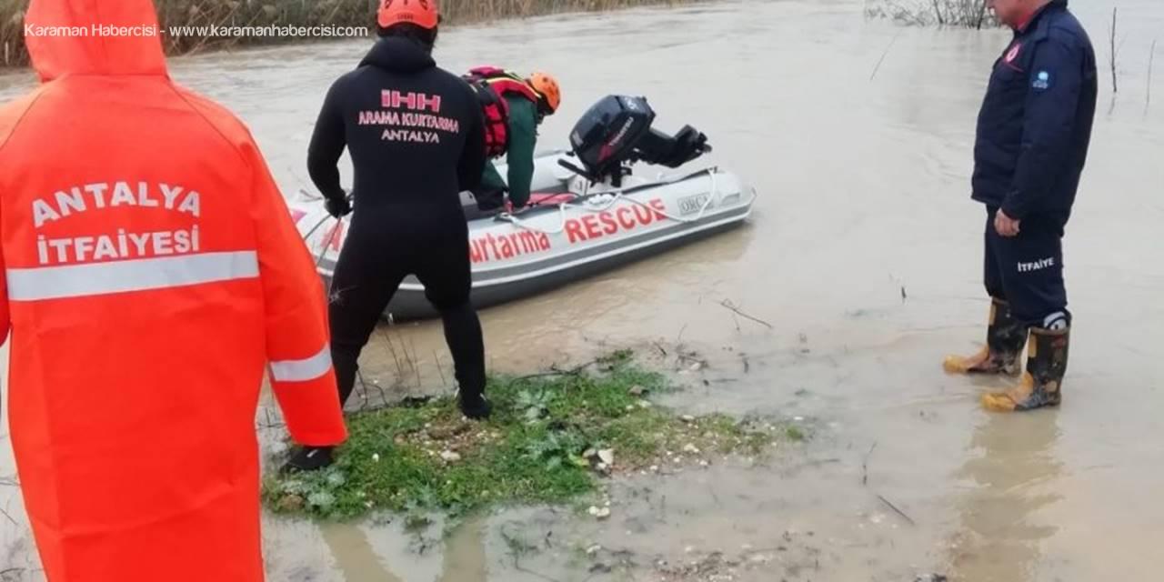 Sele Kapılan Çobanın Yardımına Antalya AFAD Ekipleri Yetişti