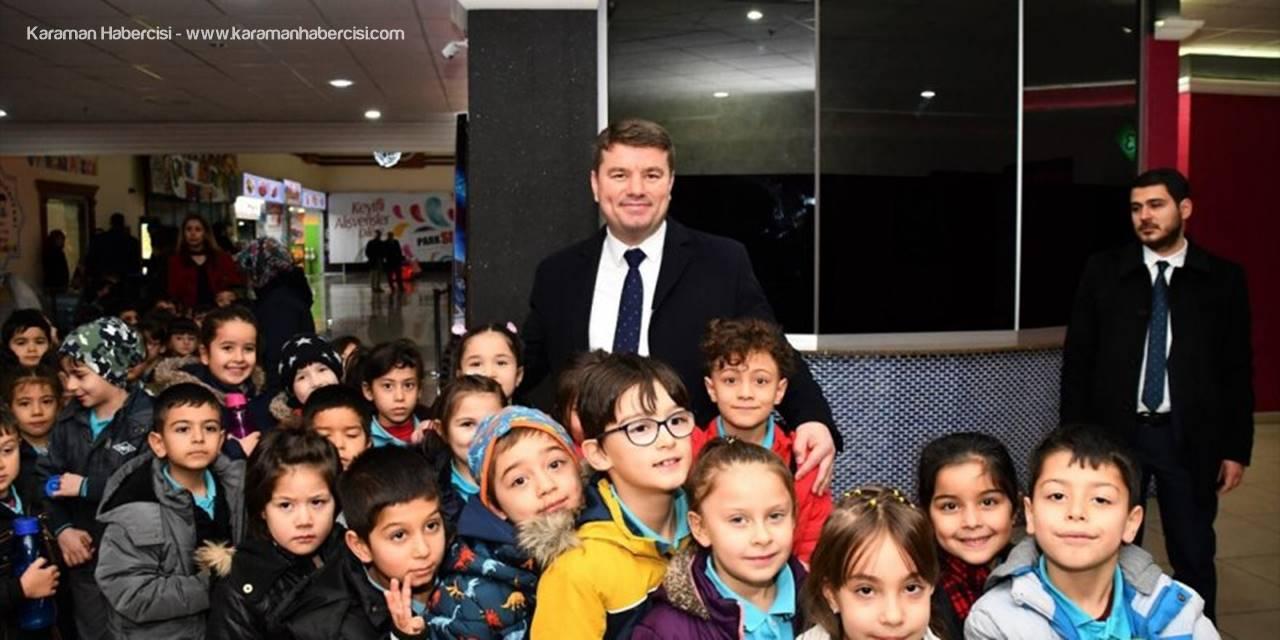 Aksaray Belediyesi Öğrenciler Sinemayla Buluşturdu