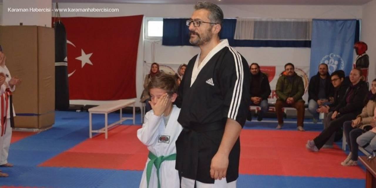 Kayserili Küçük Sporcunun Bayrak Sevgisi
