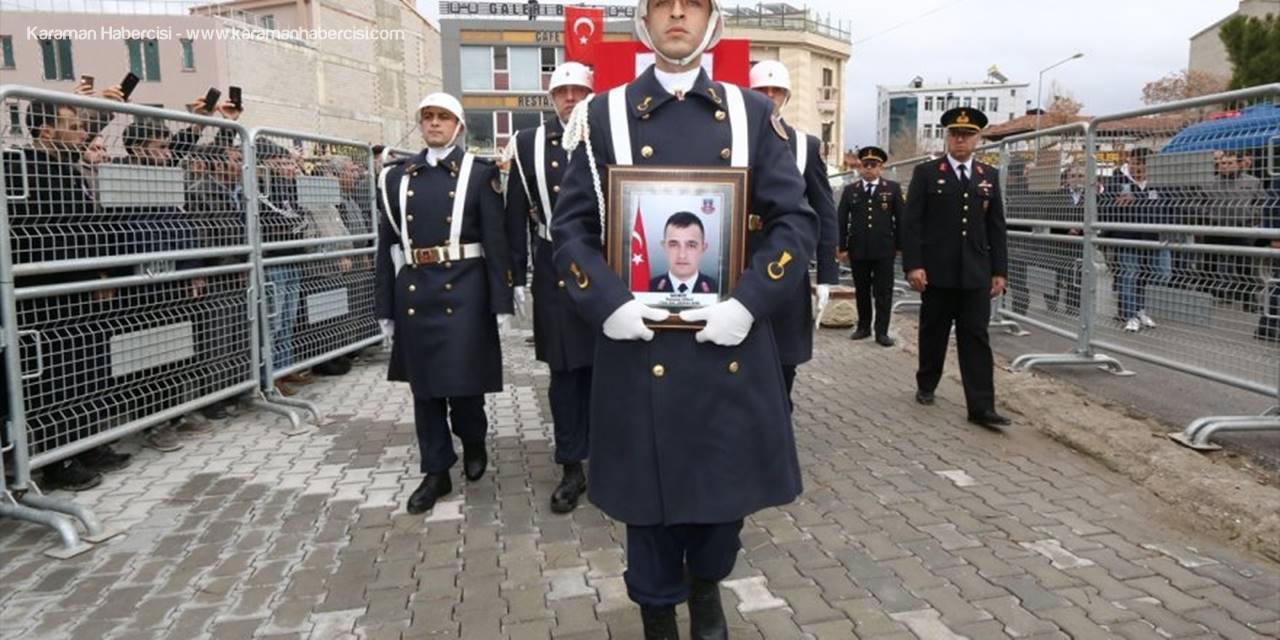 Van'daki Çığ Felaketinde Şehit Olan Uzman Onbaşı Süslü, Son Yolculuğuna Uğurlandı