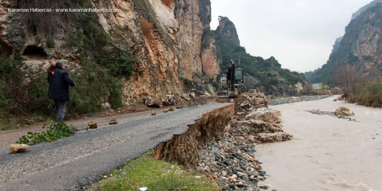 Selden Çöken, Heyelandan Kapanan Yol Kısmen Açıldı