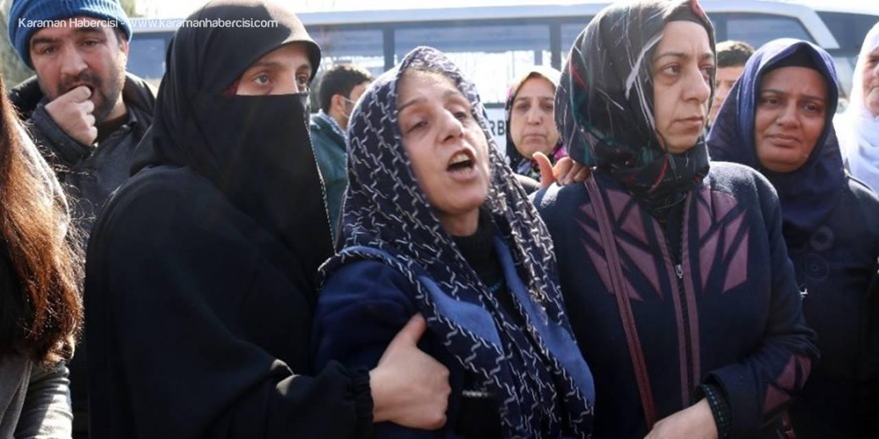 Antalya'da Dövülerek Öldürülen Sosyal Medya Fenomeni Diyarbakır'da Defnedildi