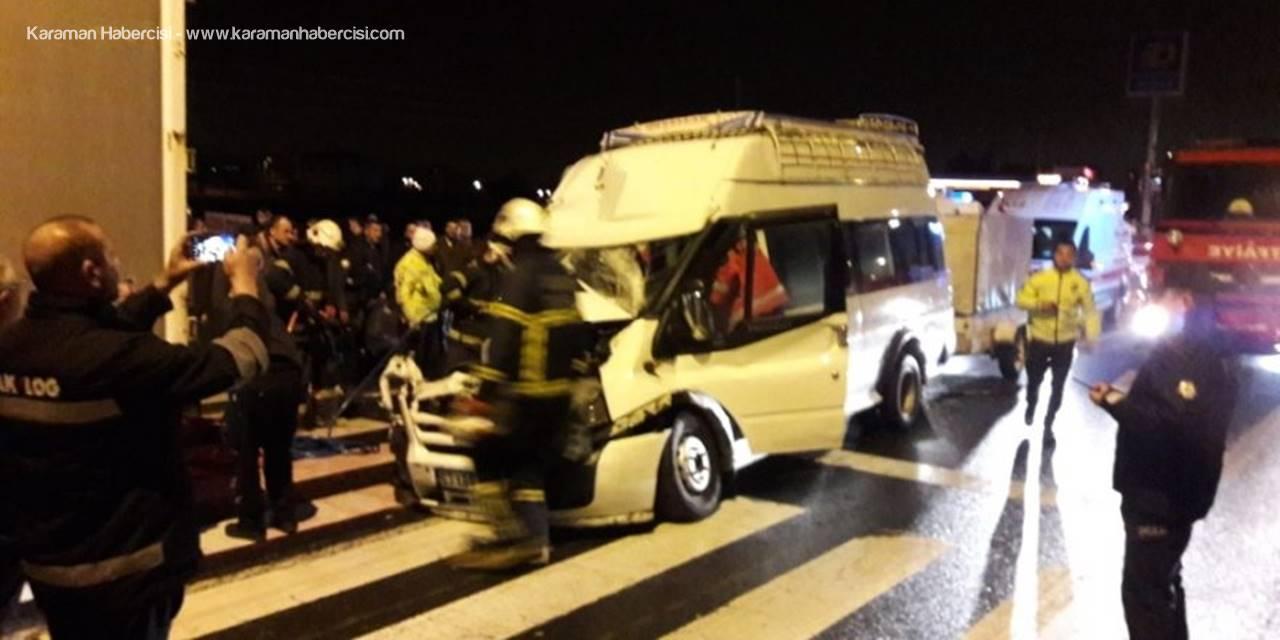 Aksaray'da Feci Trafik Kazası : 12 Yaralı