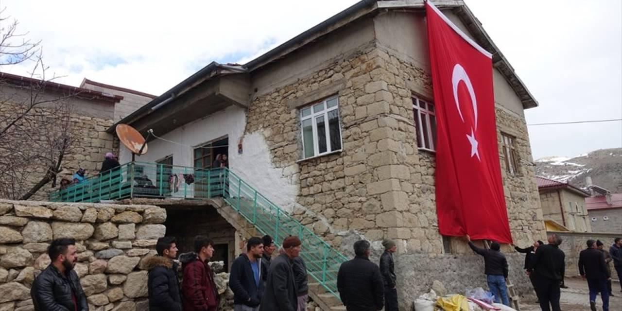 Şehit Haberi Konya'daki Ailesine Ulaştı