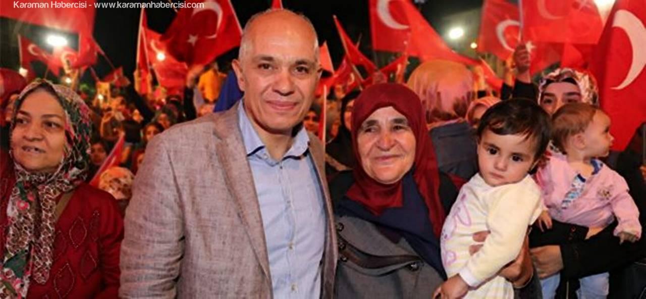 """""""Ayrı Gayrı Yok Hep Birlikte Türkiye'yiz"""""""