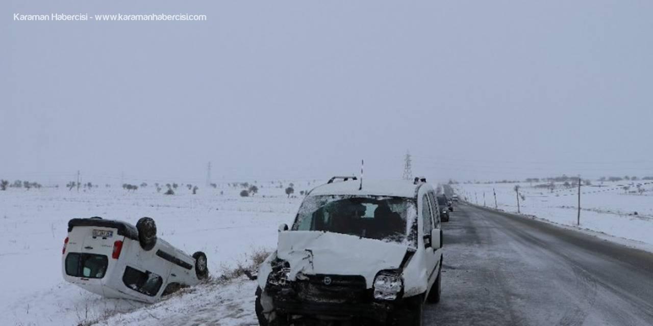 Kayseri'de Otomobiller Çarpıştı: 4 Yaralı