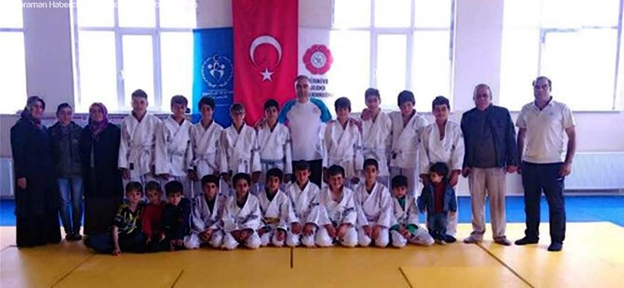 Kazımkarabekir'de Judo Kuşak Sınavı Yapıldı