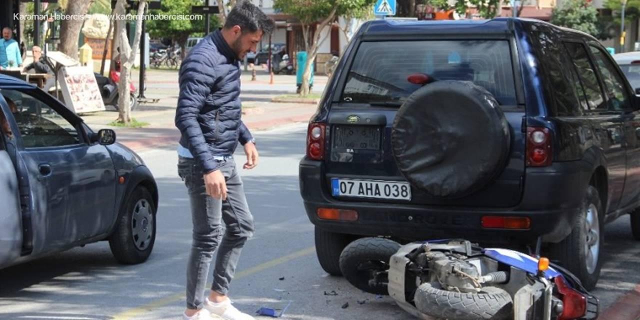 Alanya'da Kaza Yapan Genç Öfkesini Motosikletten Çıkardı
