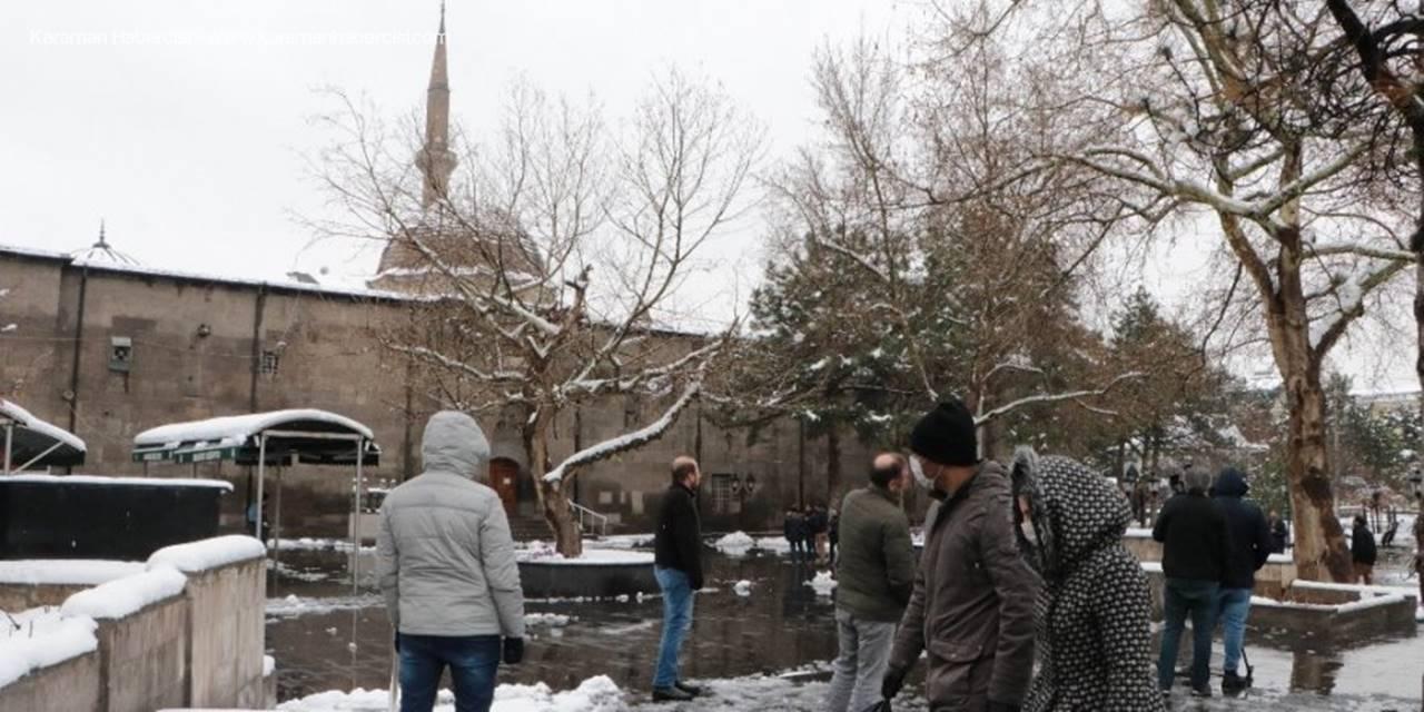 Kayseri'de 782 Yıllık Cami Boş Kaldı