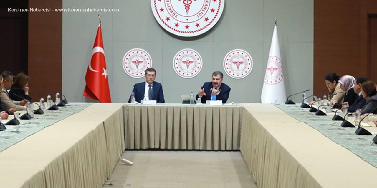 Türkiye'de Koronavirüs Tehlikesi ve Okullara Verilen Aranın Uzatılması