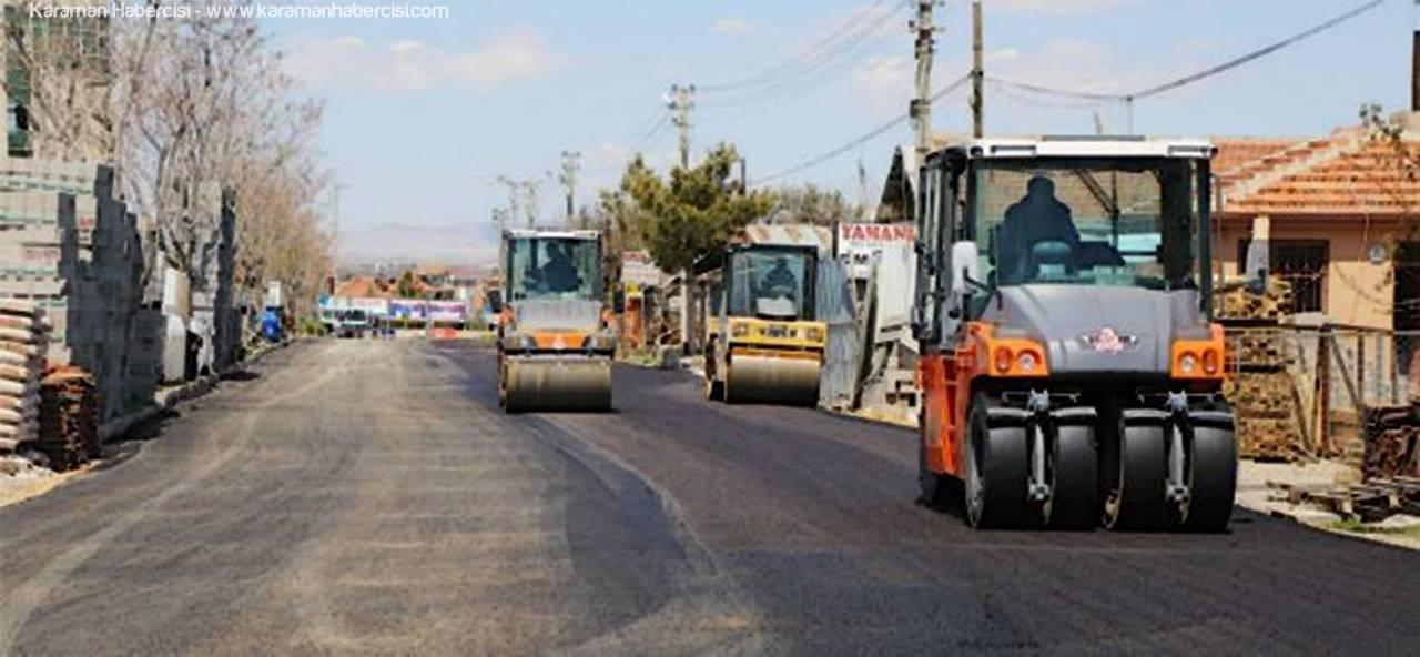 Karaman'da Asfalt Çalışmaları Kömürcüler Sitesinde Devam Ediyor