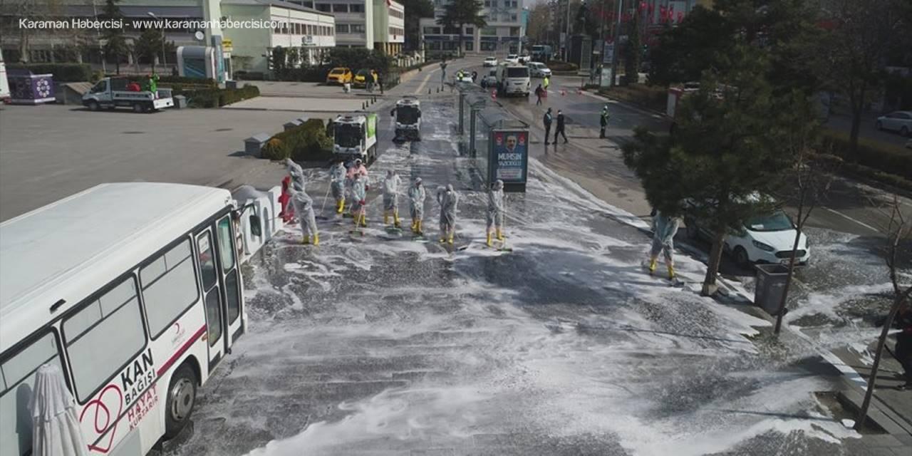 Niğde Belediyesi'nden Cadde Ve Sokaklara Korona Temizliği