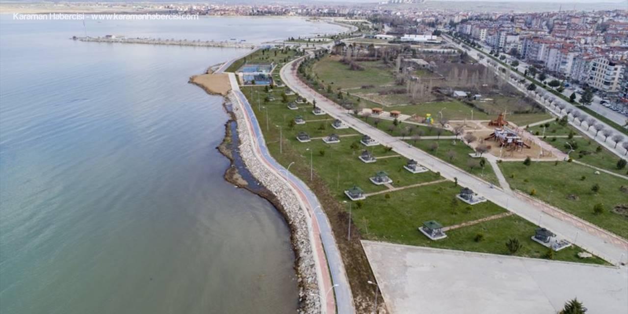"""Beyşehir Gölü Kıyılarındaki Parklarda """"Koronavirüs"""" Sessizliği"""