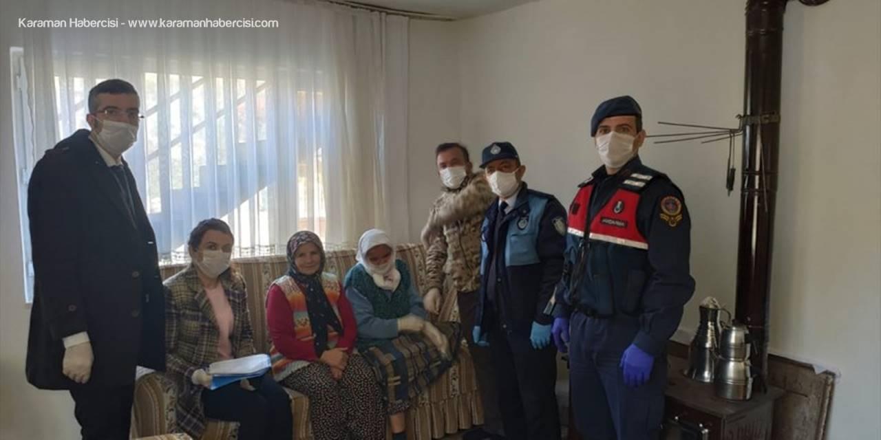 Akseki'de Evi Yanan Kadına Gıda Ve Para Yardımı