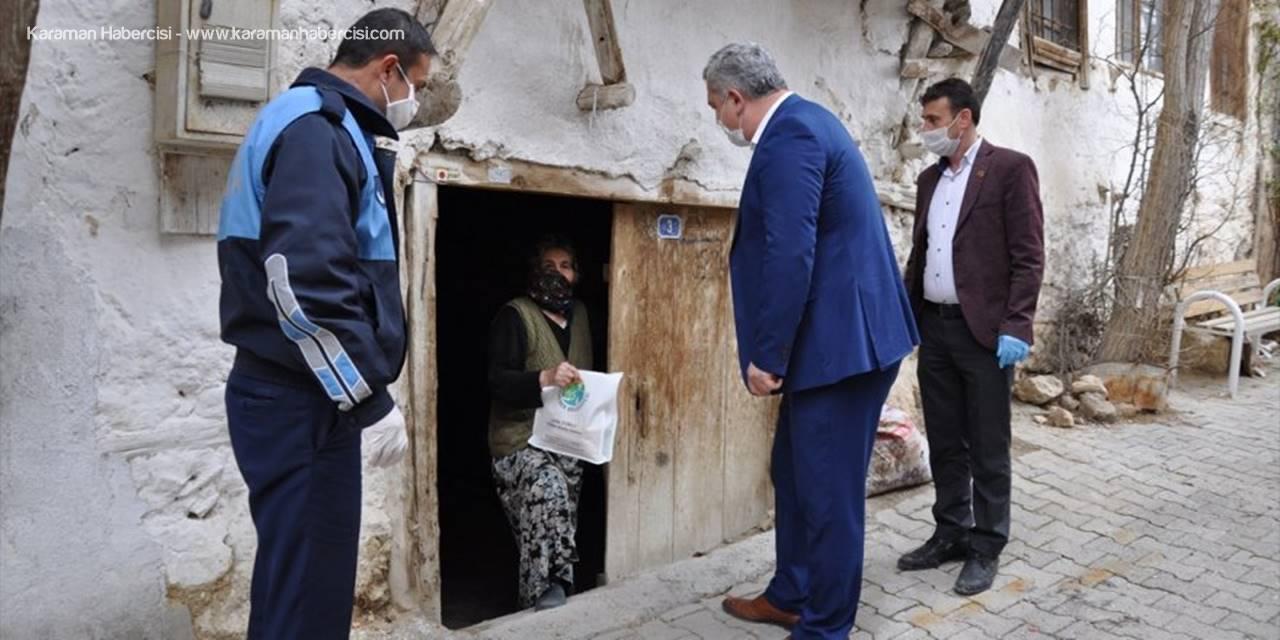 Ermenek'te 65 Yaş Üstü Vatandaşlar İçin Temizlik Seti Dağıtıldı