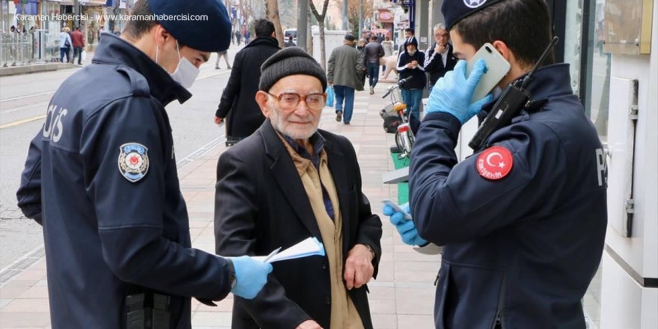 93 Yaşındaki Dede Polislere Denk Gelince Eve Davet Etti