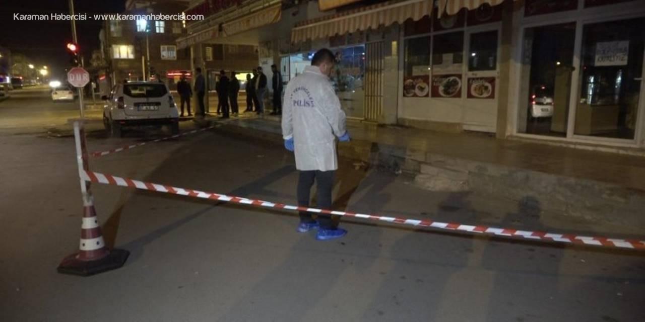 Antalya'da Bıçaklı Kavga:1 Ölü