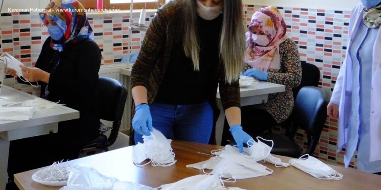 Aksaray'da Maske Üretimi