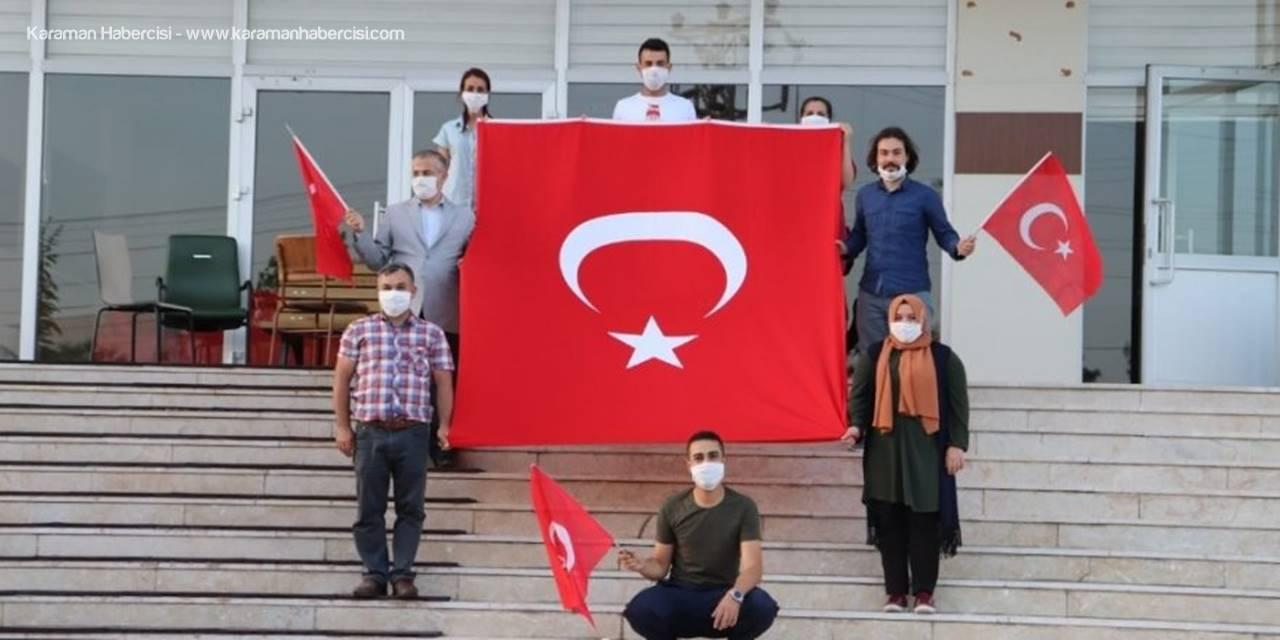 Karaman'da Karantinadaki 288 Vatandaş Saat 19.19'da İstiklal Marşı'nı Okudu