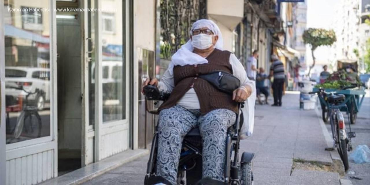 Mersin'de 66 Yaşındaki Engelliye Akülü Sandalye Desteği
