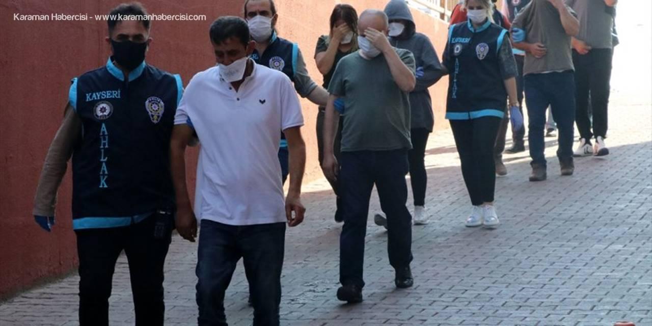 Kayseri'de Fuhuş Operasyonu: 8 Gözaltı